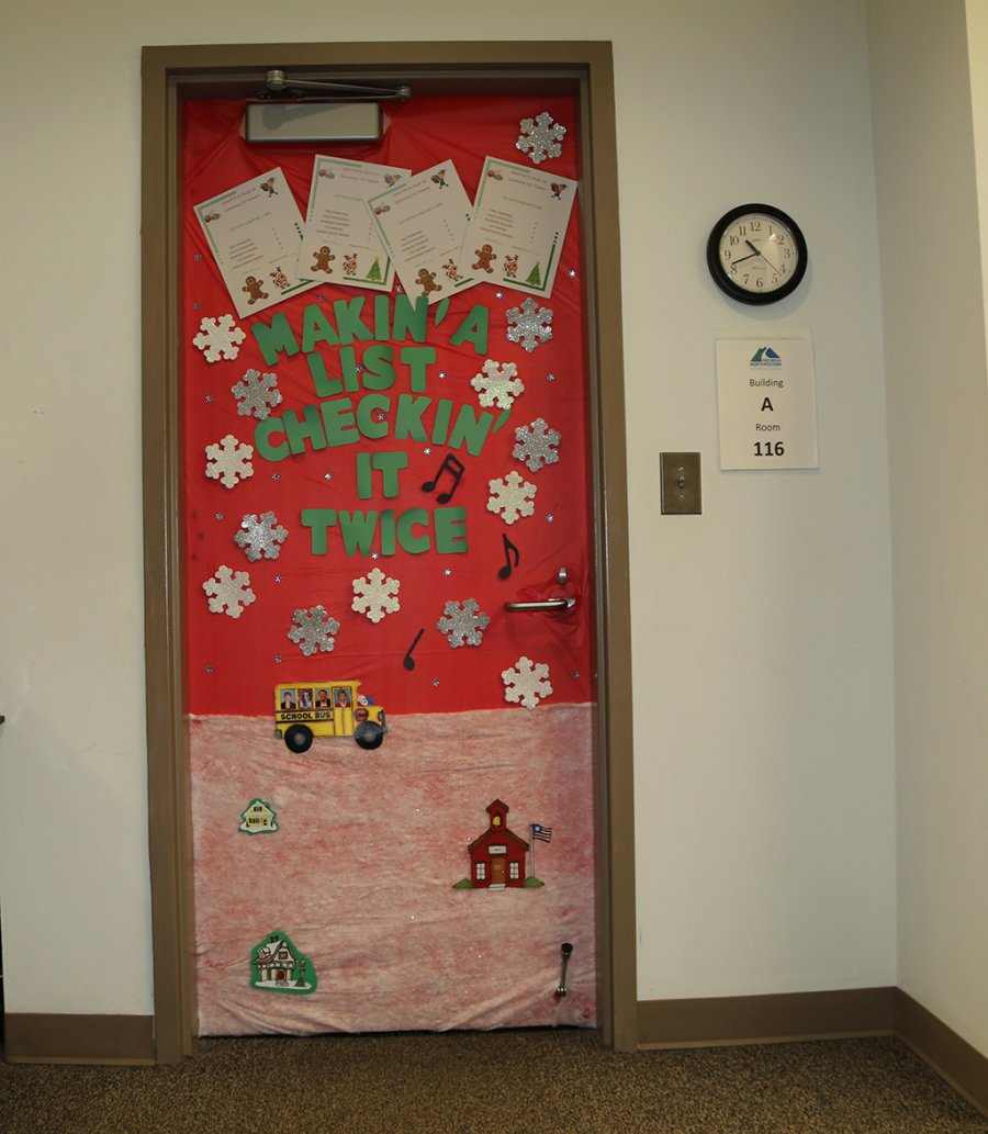 Christmas Door Decoration Competition turns GNTC\u0027s Floyd County C&us into Winter Wonderland & Christmas Door Decoration Competition turns GNTC\u0027s Floyd County ...
