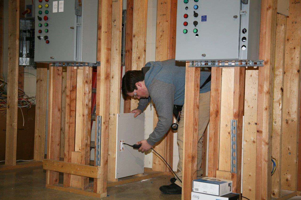 Chattooga County, Georgia native Taylor Eagle grabbed Georgia Northwestern Technical College's best finish in the National SkillsUSA Competition held in Louisville, Kentucky this past week. Eagle's third place finish the Residential Systems and Installation Maintenance category led the way for the Bobcat team which found the Top 10 in seven different professional skills categories.